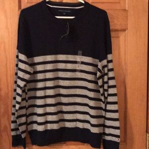 NWT Men's Tommy Hilfiger blue and gray sweater
